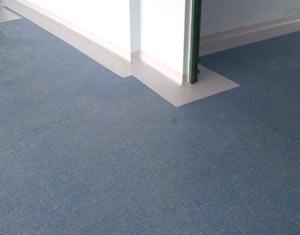 Pavimentazioni per ambienti interni domestici e for Pavimenti in resina opinioni