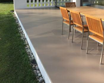Pavimenti per esterni in legno gomma e resina - Pavimento in gomma per esterni ...